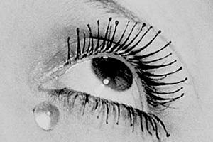 Dark-Eyes-traditional