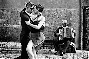 Astor-Piazzolla-Cafe-1930.jpg