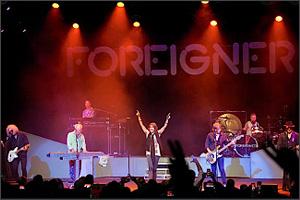 Foreigner-Urgent1.jpg