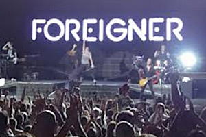 Foreigner-Urgent.jpg