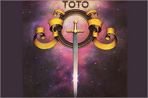 Toto-Hold-The-Line.jpg